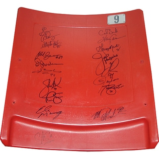 New York Giants Greats Seatback (17 Signature)