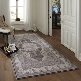 Machine Made Antiquity Dynamic Medallion Rayon from Bamboo Rug (5'3 x 7'7)