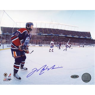Mark Messier Oilers Jersey Outdoor Game vs. Canadians Horizontal 8x10 Photo