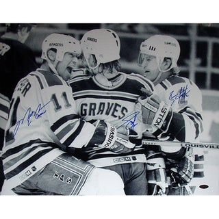 brian leetch mark messier york rangers dual signed team huddle photo