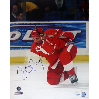 Brett Hull Red Wings Red Jersey Slap Shot Vertical 16x20 Photo