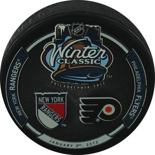 2012 Winter Classic Puck with Team Logo's Uns.