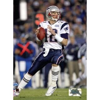 Tom Brady Patriots SB39 Back to Pass 8x10