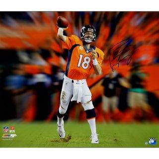 Peyton Manning Signed Denver Broncos Throwing Motion Blast 20x24 Metallic Photo