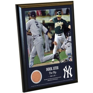 Derek Jeter Moments: The Flip 8x10 Dirt Plaque