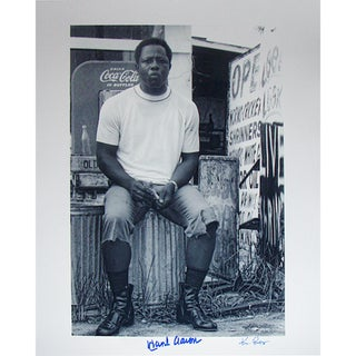 Hank Aaron Sitting on Garbage Can 16x20 Photo Signed By Photographer Ken Regan