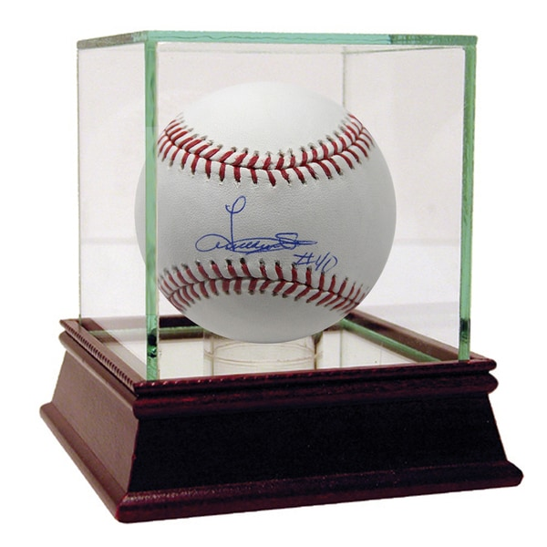 Luis Severino Signed MLB Baseball (MLB Auth)