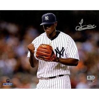Luis Severino Signed Fist Pump Celebration 8x10 Photo (MLB Auth)