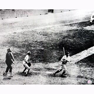 Babe Ruth 60th Home Run 16x20 Photo (PF)