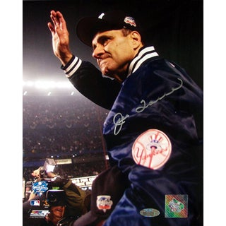 Joe Torre 2000 WS Carry Off Vertical 8X10 Photo (MLB Auth)