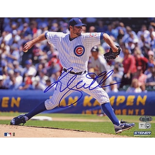 Randy Wells Chicago Cubs Home Jersey Pitching Horizontal 8x10 Photo (MLB Auth)