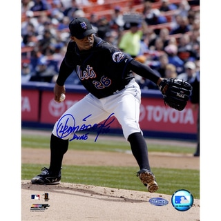 Orlando Hernandez Mets Action 8x10 Photo