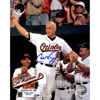 Cal Ripken Jr. Signed 2632 Wave to Fans Vertical 8x10 Photo w/ Text Overlay (Signed in Blue) (MLB Auth)