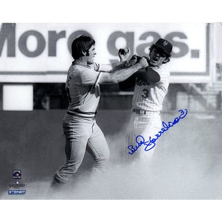 Bud Harrelson Signed B/W Fighting With Pete Rose 8x10 Photo