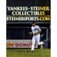 Mariano Rivera Signed Yankee-Steiner Collectibles Ad in the back ground 11x14 photo