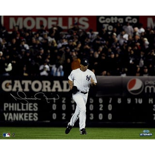 Mariano Rivera Signed  Yankees Home Jersey Run Onto The Field Horizontal 16x20 Photo