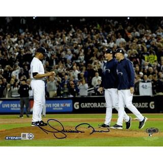 Mariano Rivera Mound w/Pettitte & Jeter At Yankee Stadium Signed 8x10 Photo (MLB Auth)