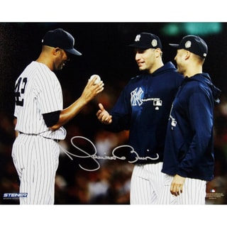 Mariano Rivera Mound Close Up Hand Ball To Pettitte & Jeter At Yankee Stadium Signed 8x10 Photo