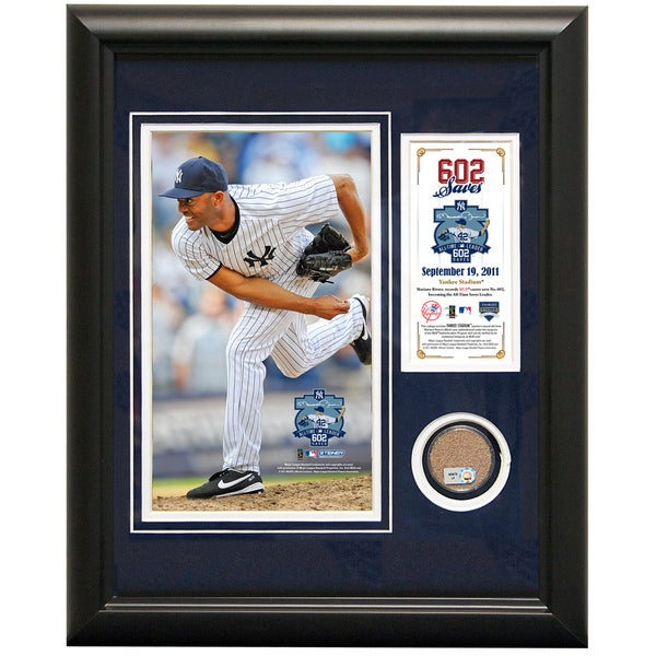 Mariano Rivera 11x14 Mini Dirt Collage w/ Dirt Capsule 602nd Career Save (Record Breaking)