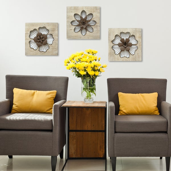 Stratton Home Decor Rustic Flower Wall Decor Free