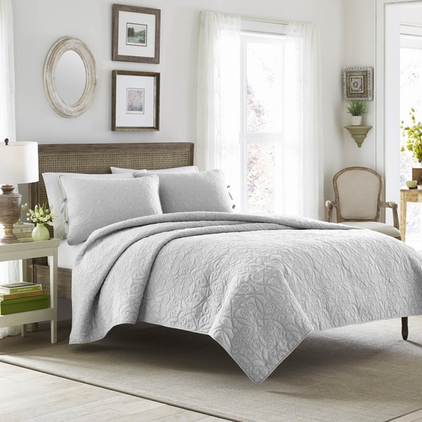 Laura Ashley Felicity Soft Grey Cotton 3 Piece Quilt Set