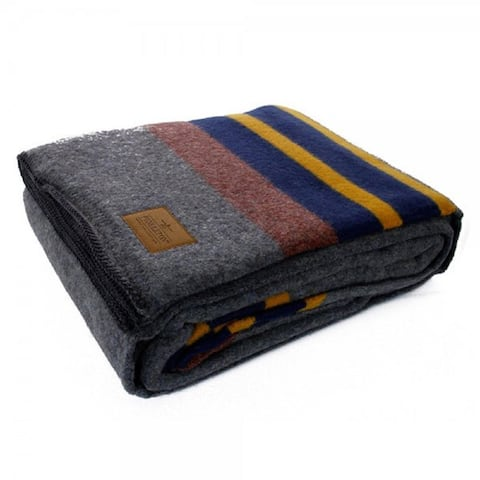 Pendleton Yakima Camp Lake Wool Blanket