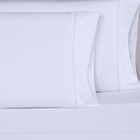 Gracewood Hollow Holden 600 Thread Count Small Dot Embroidered Sheet Set