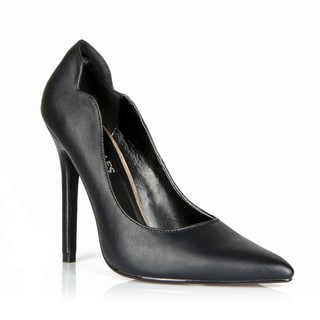 HotSoles Rabit Pointed-toe Pump