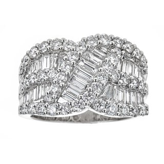 18k White Gold 3ct TDW Diamond Baguette Round Ring