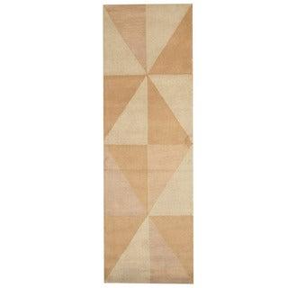 Herat Oriental Indo Hand-tufted Tibetan Beige/ Light Brown Wool Runner (2'6 x 8')