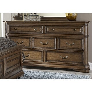 Amelia Antique Toffee 7-Drawer Dresser