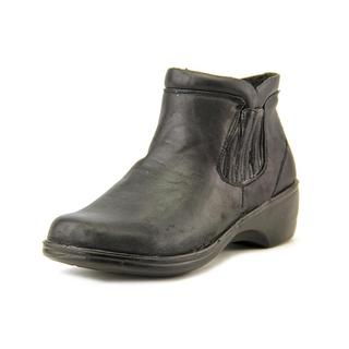 Easy Street Women's 'Denver' Faux Leather Boots