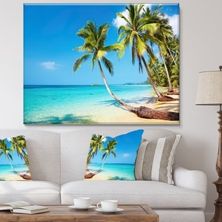 Designart - Tropical Beach  Photography Seascape Canvas Print - Green