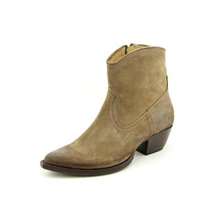 Frye Women's 'Sacha Short Boot' Regular Suede Boots