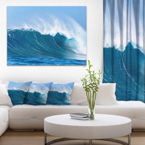 Designart - Sky Hitting Ocean Waves - Seascape Canvas Art Print