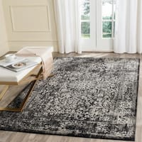 Safavieh Evoke Vintage Oriental Black/ Grey Distressed Rug - 6' 7 x 9'