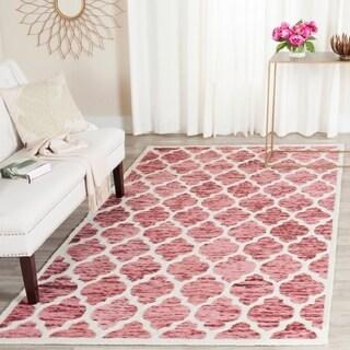 Safavieh Handmade Himalaya Red/ Ivory Geometric Wool Area Rug (5' x 8')