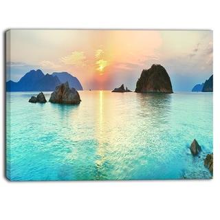 Designart - Sunrise Panorama - Photography Canvas Art Print