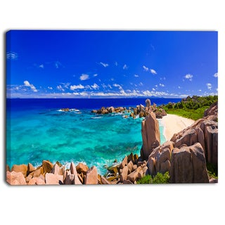 Designart - Tropical Beach Panorama - Seascape Photo Canvas Print