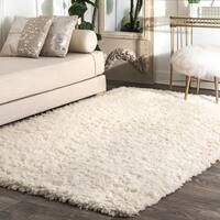 nuLOOM Handmade Soft and Plush Solid New Zealand/ Indian Wool Shag Ivory Rug (5' x 8') - 5' x 8'