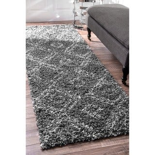 nuLOOM Alexa My Soft and Plush Moroccan Diamond Grey Easy Shag Runner Rug (2'8 x 8')