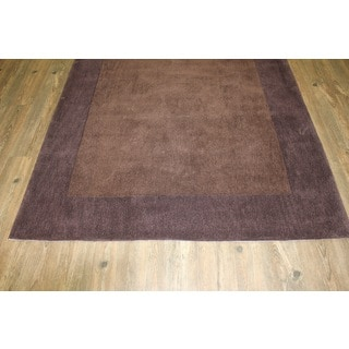 Tone-on-tone Solid Brown Area Rug (5' x 7')