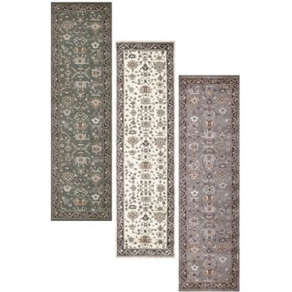 Admire Home Living Catherine Aztec Area Rug (2'2 x 7'7)