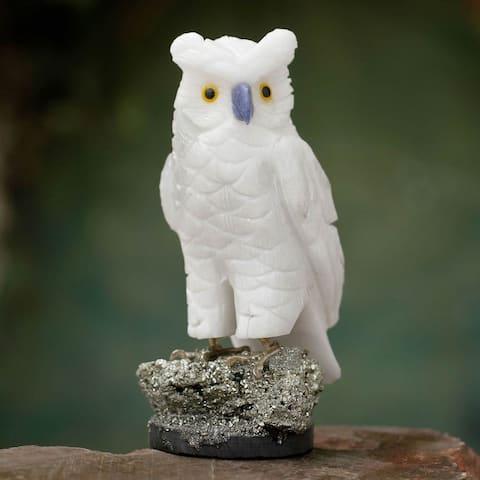Handmade Vigilant Owl Onyx Pyrite Sculpture (Peru)