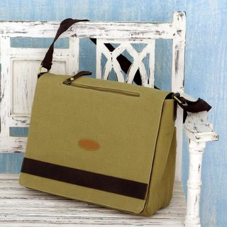 Handmade Cotton Canvas Laptop Messenger Bag 'Indian Green' (India)