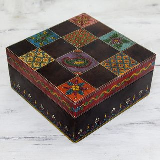 Handmade Wood 'Jodhpur Gala' Decorative Box (India)