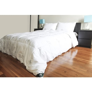 Triumph Hill Cotton White Goose 95/5 Feather and Down Comforter