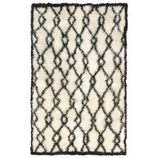 Decorative Shaggy Outdoor Rug (7'6 x 9'6) - 7'6 x 9'6