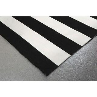Wide Stripe Outdoor Rug (7'6 x 9'6)