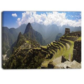Designart - Machu Picchu Panorama - Landscape Photo Canvas Art Print - Green